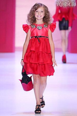 Катя Старшова на показе коллекции Dasha Gauser for Barbie