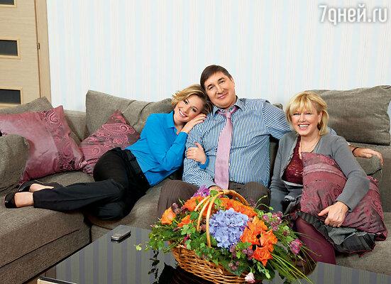 С мамой Маргаритой Валентиновной и папой Александром Викторовичем