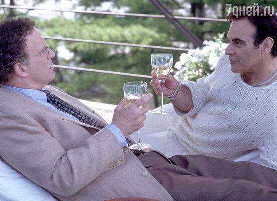 Дэвид Суше в фильме «Свадебная вечеринка», 2003 г.