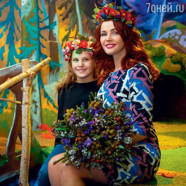 Екатерина Вуличенко с дочкой Софьей