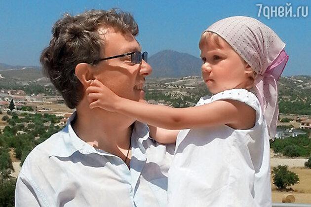 Владислав Паулюс с дочкой Надей