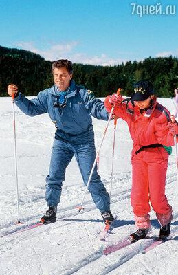 Микеле оставался хорошим отцом для Виоланте (на снимке), хотя и расстался с ее матерью, 1998 г.