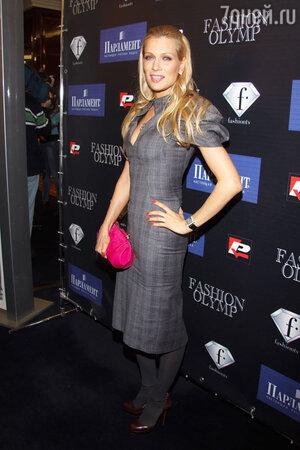 Олеся Судзиловская на церемонии вручения международной премии «Fashion-ОЛИМП 2010»