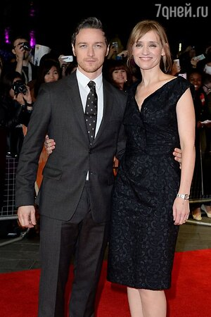 Джеймс Макэвой с супругой