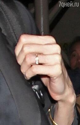 Новое обручальное кольцо Анджелины Джоли