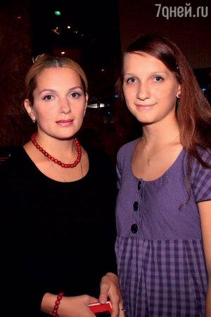 Мария Порошина со старшей дочерью Полиной