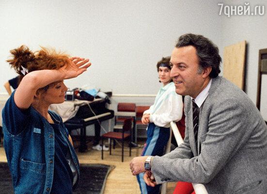 Илья Резник на репетиции с Лаймой Вайкуле