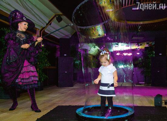 Больше всего эмоций вызвало у детей шоу мыльных пузырей