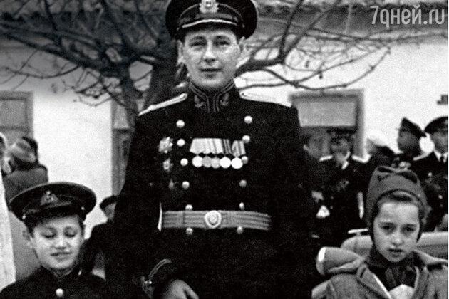 Владимир Коренев с папой Борисом Леонидовичем и сестрой Натальей