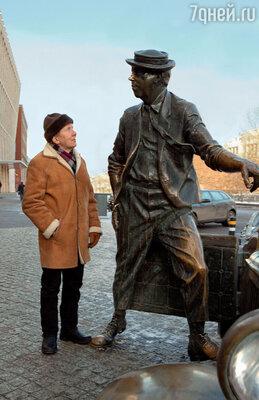 Каждый день, проходя по дороге на работу мимо цирка на Цветном бульваре, мысленно здороваюсь с бронзовым Юрием Никулиным