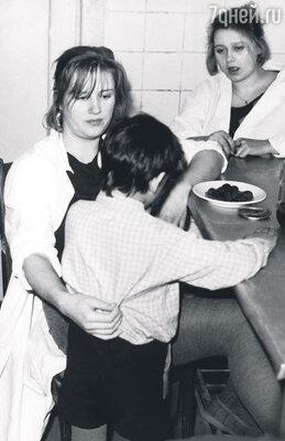 В картине Елены Цыплаковой «На тебя уповаю» Ирина никак не могла ударить мальчика издетдома, хотя этого требовал сценарий