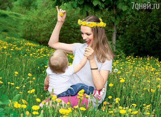 «Во время беременности я налегала на апельсины и шутила, что у меня ребенок родится оранжевый»
