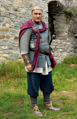 Александр Балуев в роли короля Артура
