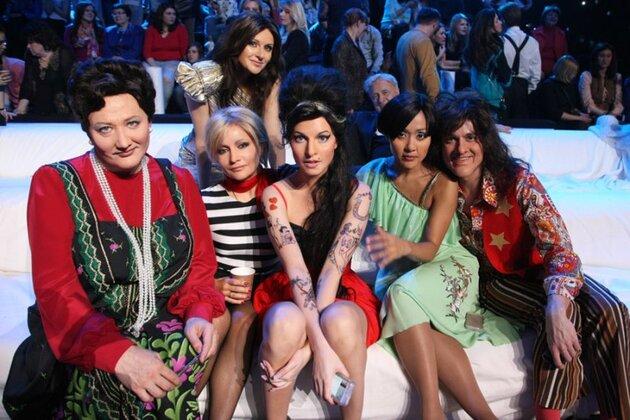 Участники шоу музыкальных пародий «Точь-в-точь»