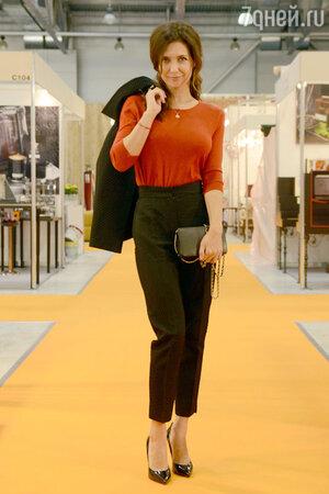 Екатерина Климова  на открытии интерьерной выставки LuxuryHITS