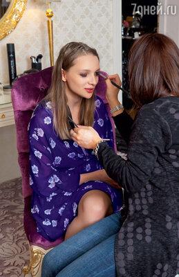 В повседневной жизни Екатерина Вилкова не пользуется косметикой, нооткрытие фестиваля — другое дело