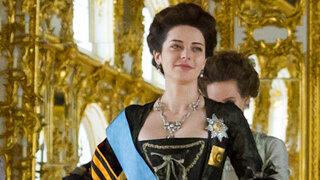 Марина Александрова пожаловалась на тяжесть короны