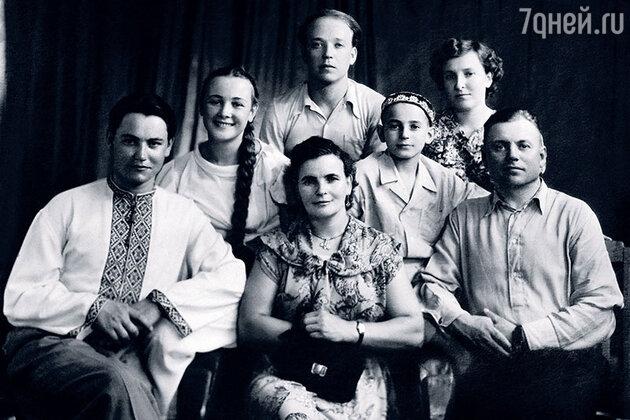 Владимир Земляникин, и семья Любови Стриженовой