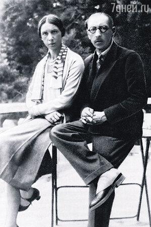 Игорь Стравинский с женой Екатериной