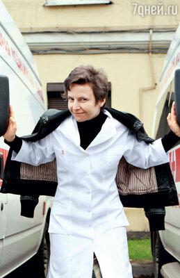 Светлана Сурганова выучилась на педиатра, нопошла в рок-певицы