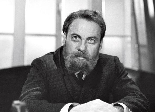 В своей культовой картине «Адъютант его превосходительства» режиссер Евгений Ташков сыграл роль Мартина Лациса. 1969 г.