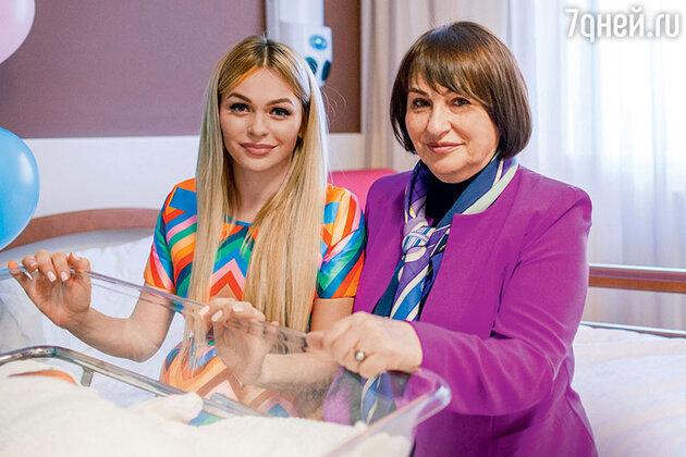 Анна Хилькевич с мамой Татьяной Андреевной