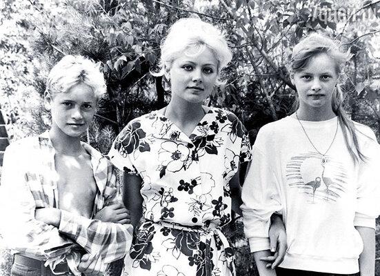 С братом Антоном  и сестрой Олесей