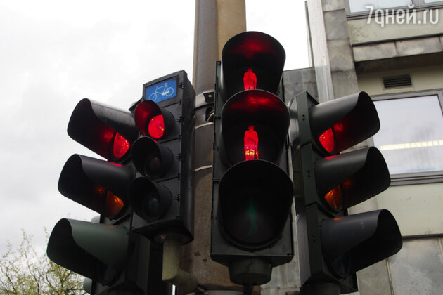 Светофор с изображением Ганса Христиана Андерсена в Оденсе