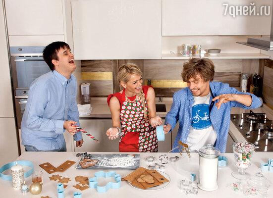 Александр Домогаров-младший: «Как-то я сам приготовил праздничное блюдо: смешал все, даже яичную скорлупу, и залил майонезом. Бедные родители!»