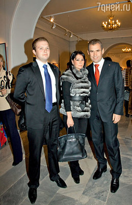 Павел Астахов с женой Светланой и старшим сыном Антоном