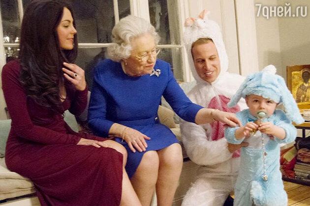 Двойники Елизаветы II, принца Уильяма и Кейт Миддлтон и принца Джорджа