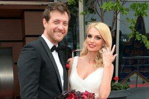 Эксклюзивное видео с годовщины свадьбы Саши Савельевой и Кирилла Сафонова