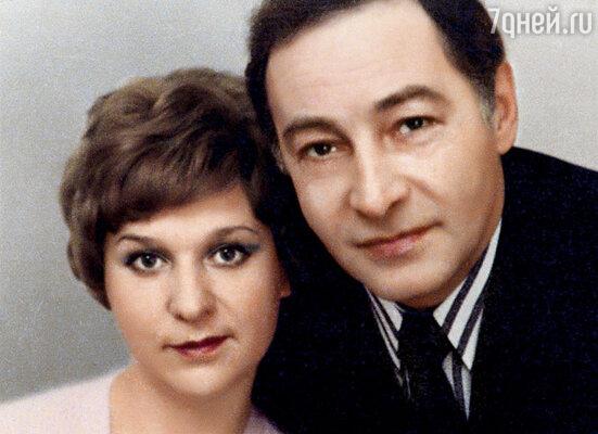 Познакомились родители на «Мосфильме», на дубляже французской картины «Мужчина и женщина»