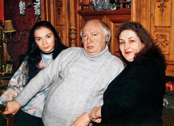 С Ободзинским и его младшей дочерью Лерой