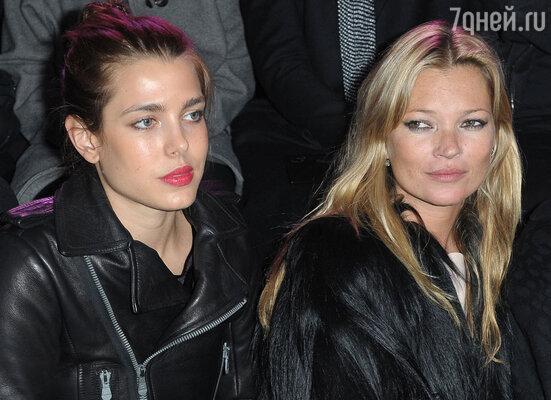 Несколько лет назад Дом Gucci предложил Шарлотте стать лицом своей марки. Шарлотта с Кейт Мосс, 2011 год