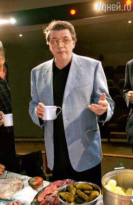 Александр Ширвиндт всегда делает ровно пять глотков чая