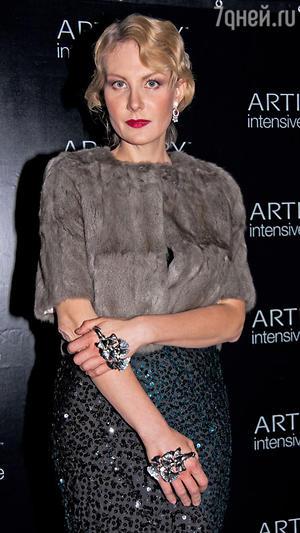 Рената Литвинова. Презентация новой продукции известного бренда, 2010 год