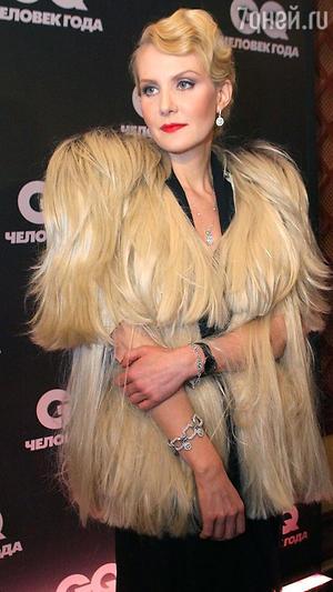 Рената Литвинова. Вручение премии «Человек года», 2010 год