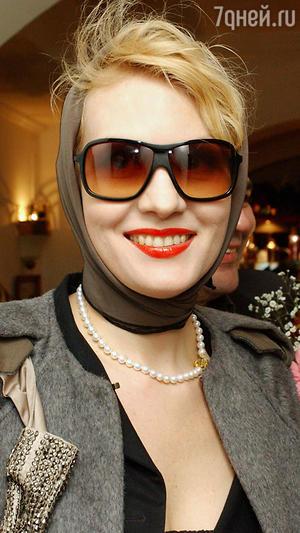 Рената Литвинова.Премььера фильма «Настройщик», 2005 год
