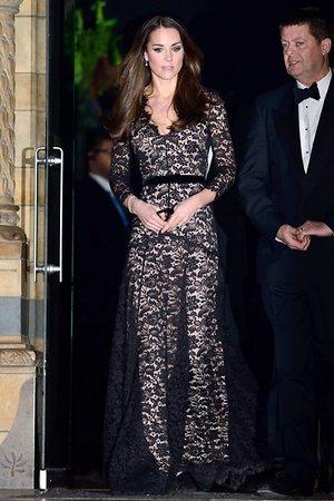 Кейт Миддлтон в платье от Temperley London на закрытом показе документального фильма «Живой» в 3D 2013