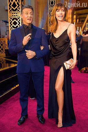 Сильвестр Сталлоне с женой Дженнифер Флэвин