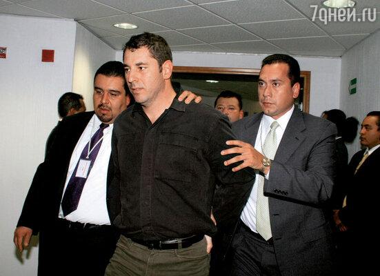 Хуан Диего Рамирес по прозвищу Тигр был не только женихом Сандры, но и ее партнером по наркобизнесу