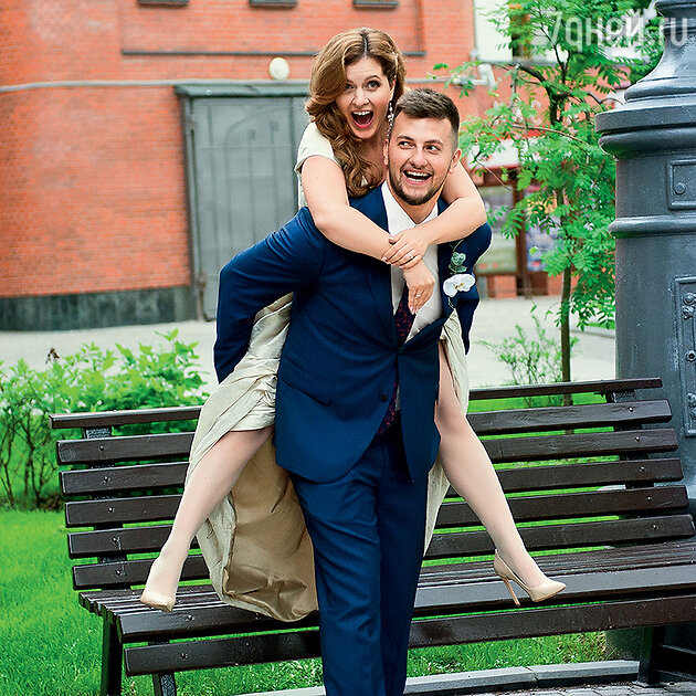 Анастасия Денисова с мужем