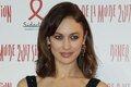 Ольга Куриленко обнажила грудь на благотворительном вечере в Париже