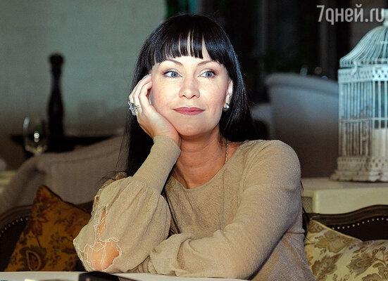Нонна Гришаева на пресс-завтраке, посвященном первой презентации проекта «Zолушка»