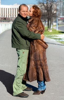 Наташу Андрей боготворил, в его телефоне она была записана так: «Моя любимая женщина». Панин никогда о жене не забывал…