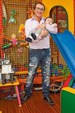 Дмитрий Дибров с сыном Федором