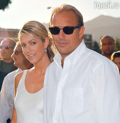 Кевин Костнер с женой Кристин Баумгартнер
