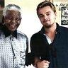 2006 год. Леонардо Ди Каприо и Нельсон Мандела в Африке во время съемок фильма Blood Diamond.