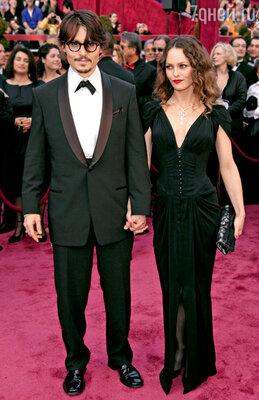 С женой Ванессой Паради нацеремонии вручения премии «Оскар». Лос-Анджелес, 2008 г.
